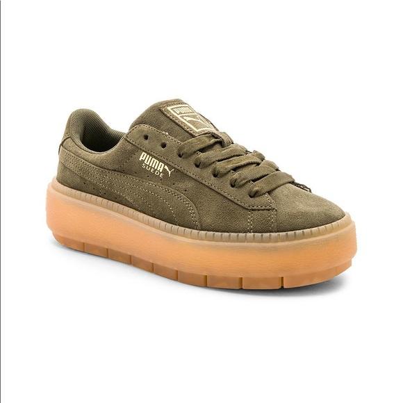 on sale e41c0 b5570 Puma Suede Platform Trace Sneakers